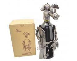 Лось Охотник  с листочком - металлическая подставка под бутылку.