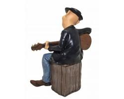 Статуэтка «Гитарист»