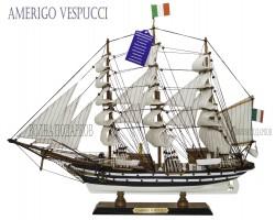 Исторические модели деревянных кораблей