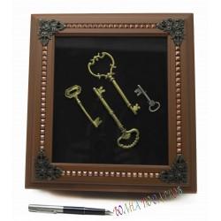 Ключницы с ключами