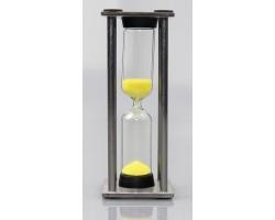 Песочные часы в металлическом корпусе  3 минуты