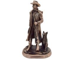 Статуэтка «Охотник с собакой»