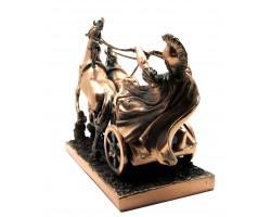 Статуэтка воин на колеснице